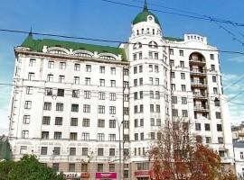 Маяковская Плаза